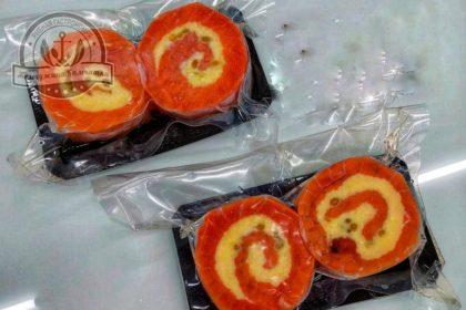 Рулет из семги с сыром и кедровыми орешками ~250 гр